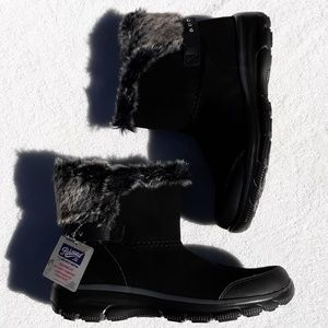 Skechers Relaxed Fit Easy Going Quantum Boots NEW